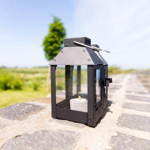 A2 Living lanterne, sortlakeret stål - 25 cm