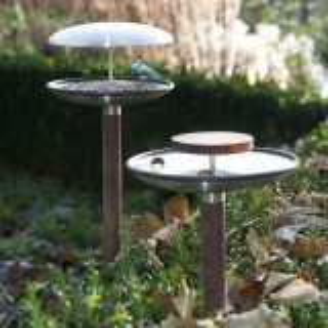 Blomus kombineret foderbræt og fuglebad
