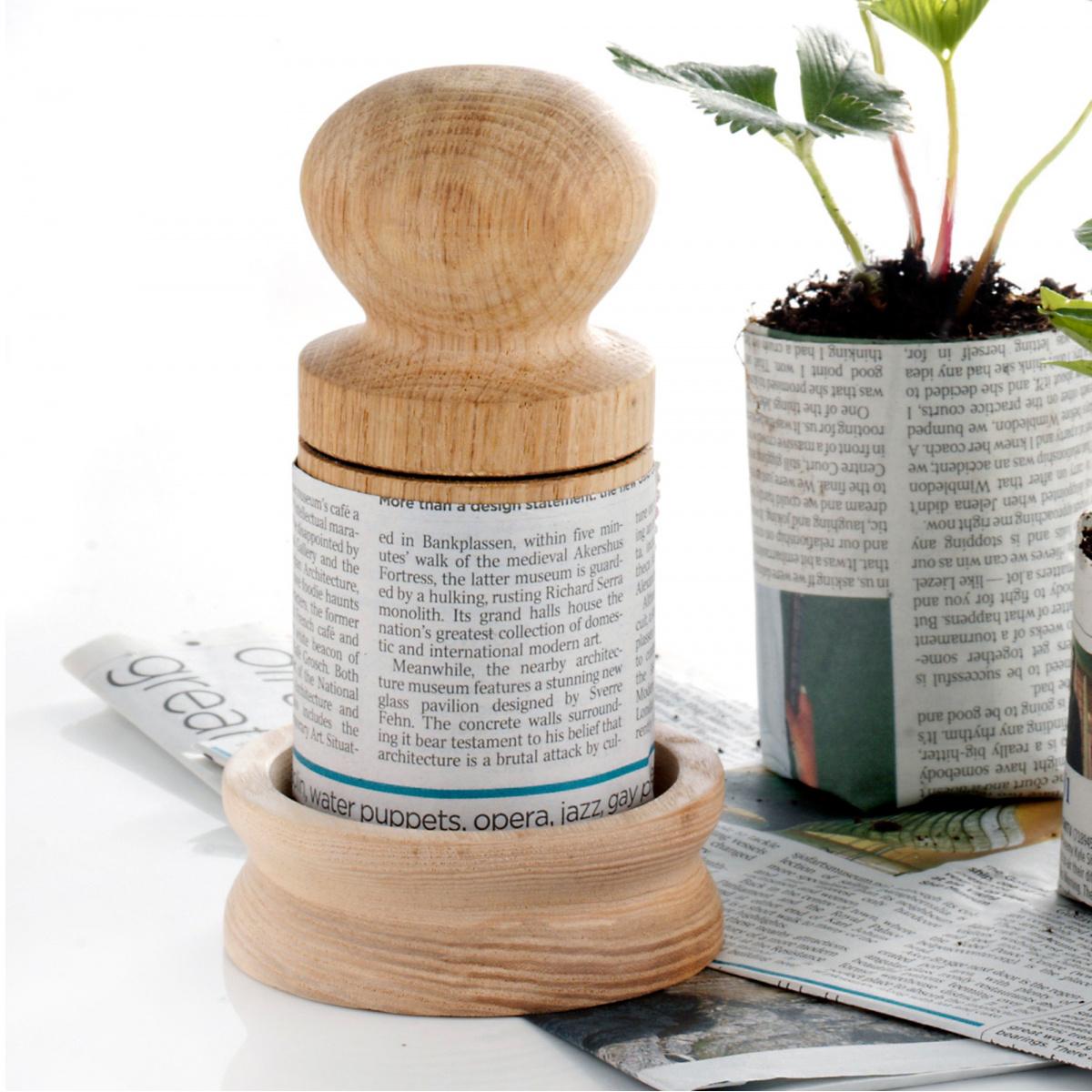Nether Wallop potteformer i eg - 6,4 cm
