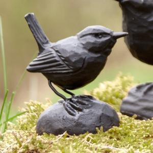 Wildlife Garden støbejernsfugl - gærdesmutte