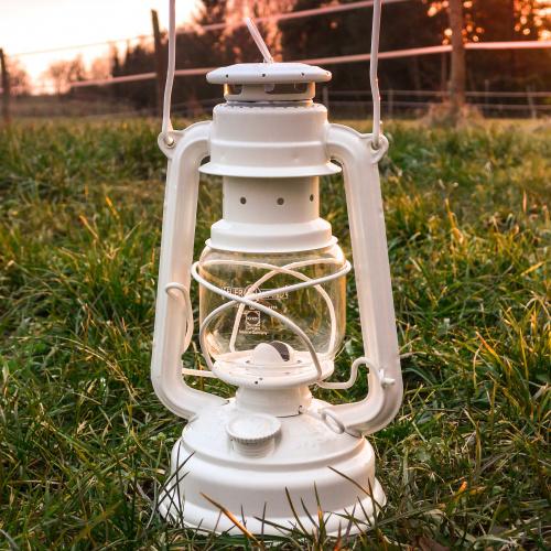 Feuerhand petroleumslampe - hvid