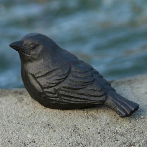 Wildlife Garden støbejernsfugl - gråspurv unge