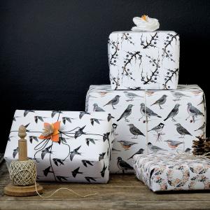 Koustrup & Co. gavepapir - fugle og bær