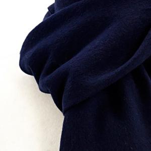 Tweedmill tørklæde i lammeuld - Navy