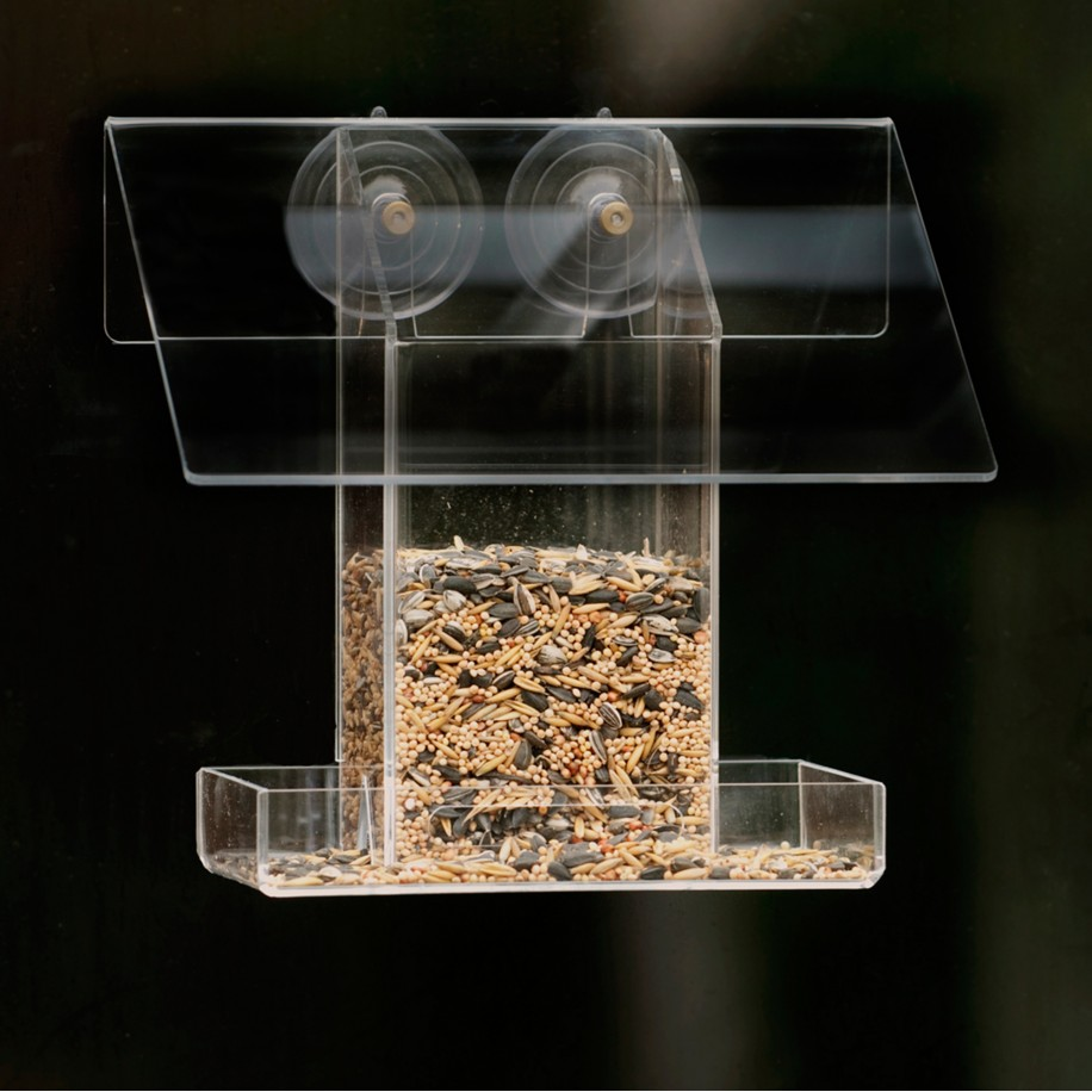 Walther & Co. foderautomat til vindue