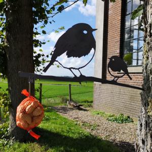Metalbird fugl i cortenstål - rødhals m. unge